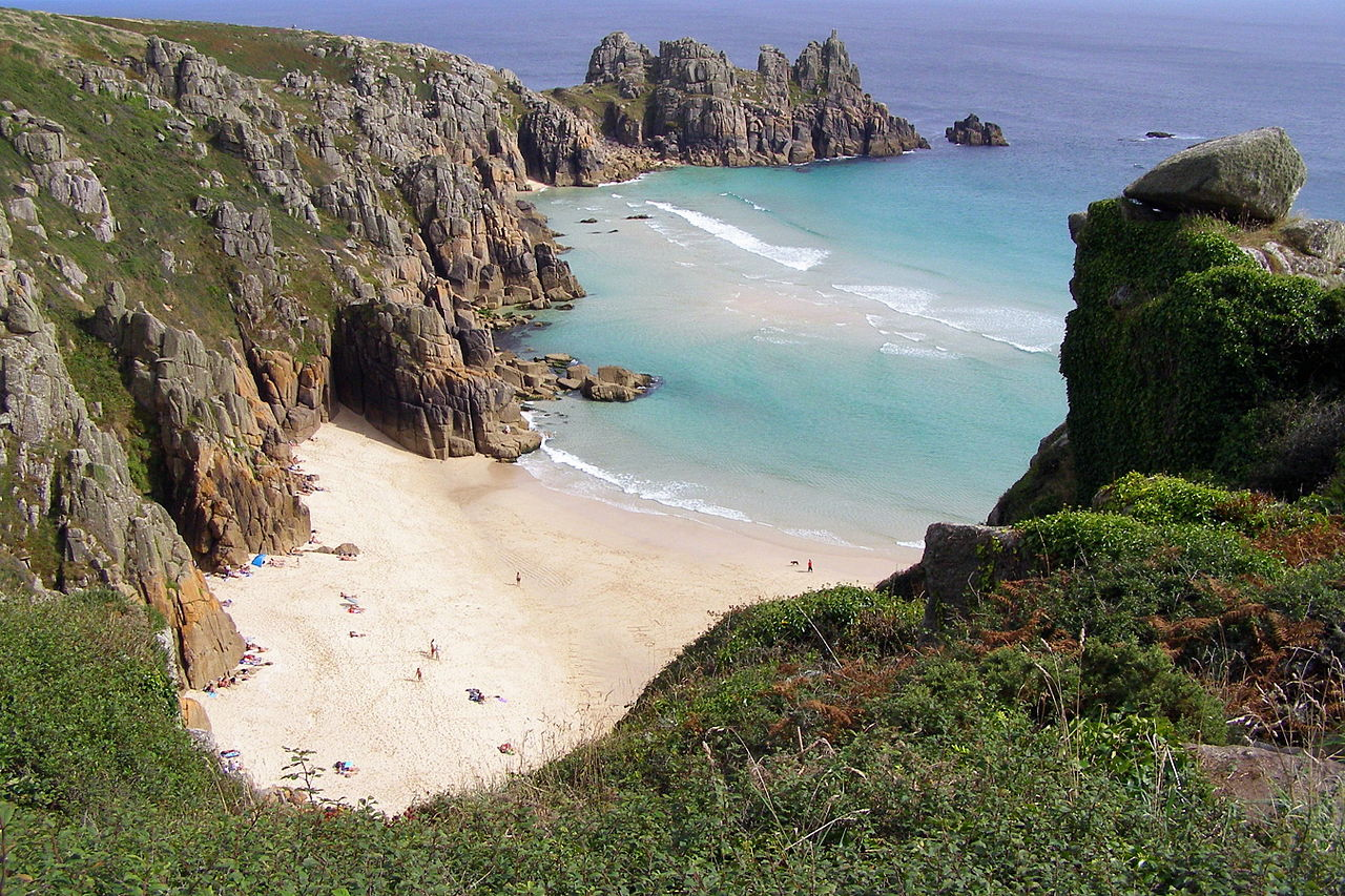 1280px-Pednvounder_beach_from_treen_cliff