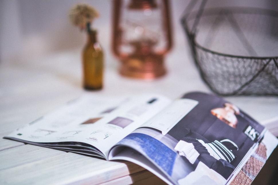 reading-magazine-open-newspaper