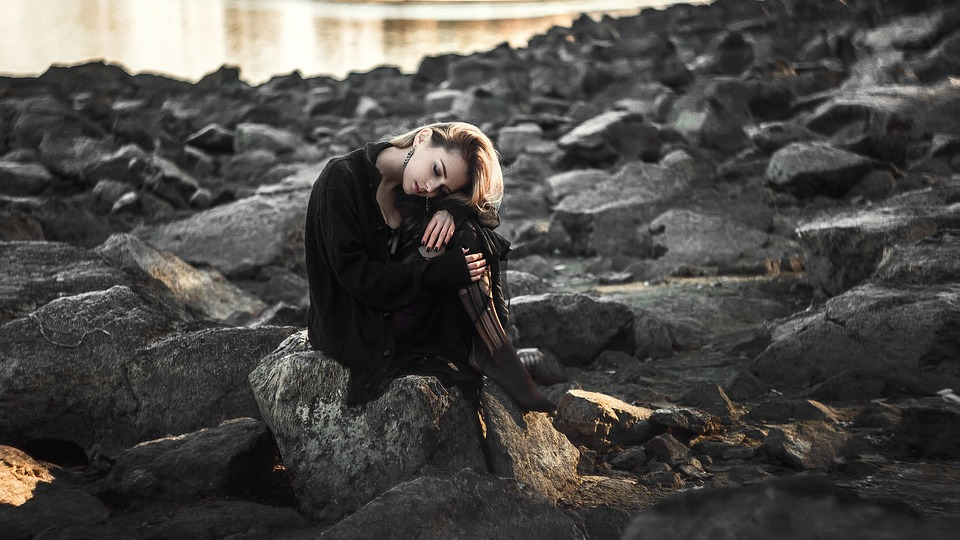 Desktop Sad Black Dress Beach The Lone Girl