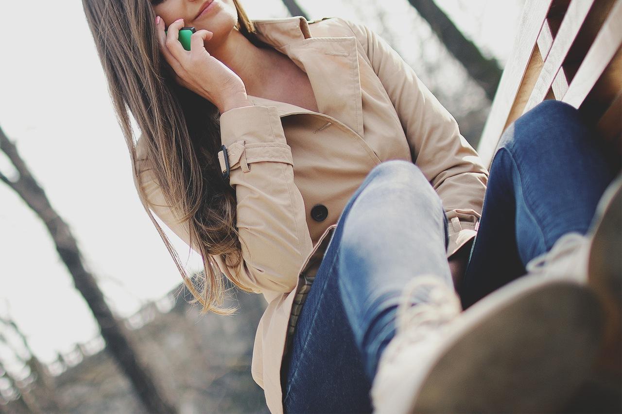 fashion-person-woman-smartphone