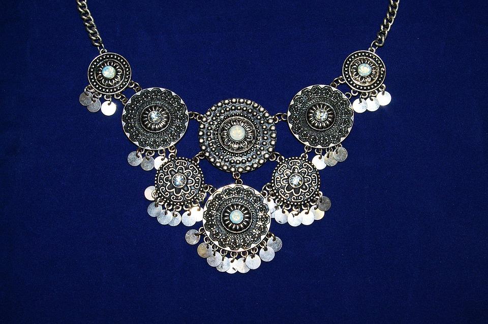 jewellery-954981_960_720