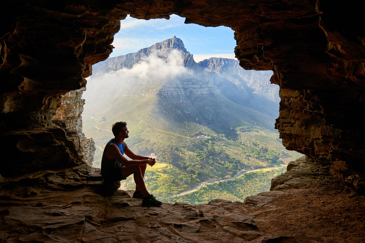 adventure-cave-climb-1659437